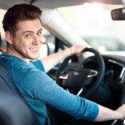 בחירת מורה נהיגה